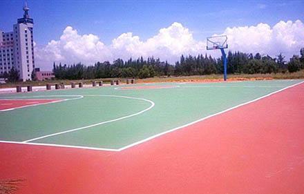 环氧地坪施工公司讲下什么地坪漆适合球场施工?
